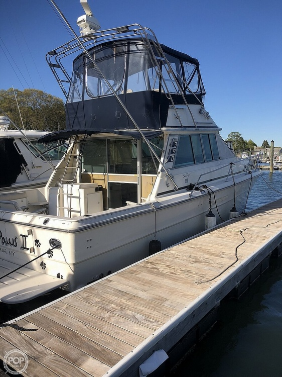 1986 Sea Ray boat for sale, model of the boat is 390 SF & Image # 2 of 40