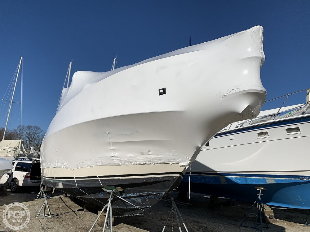 1986 Sea Ray boat for sale, model of the boat is 390 SF & Image # 5 of 40