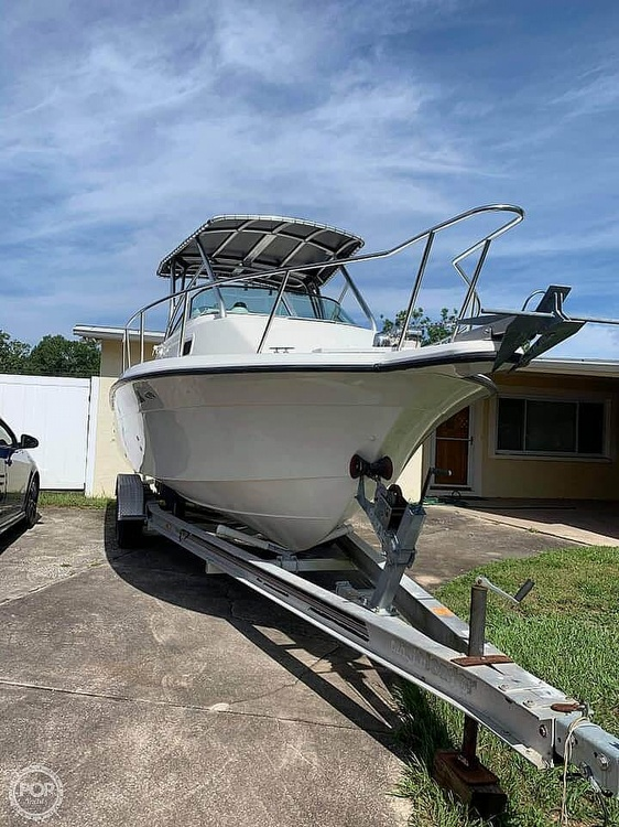 2000 Hydra-Sports boat for sale, model of the boat is Seahorse 230 Walk Around & Image # 2 of 40