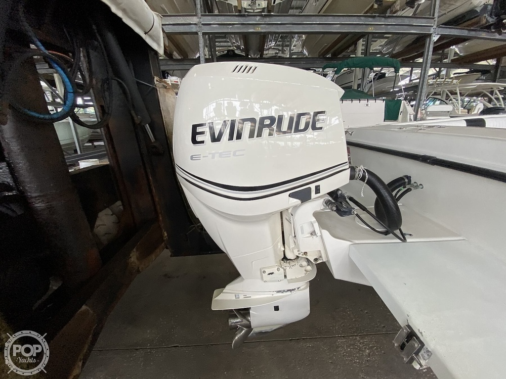 2000 Hydra-Sports boat for sale, model of the boat is Seahorse 230 Walk Around & Image # 12 of 40