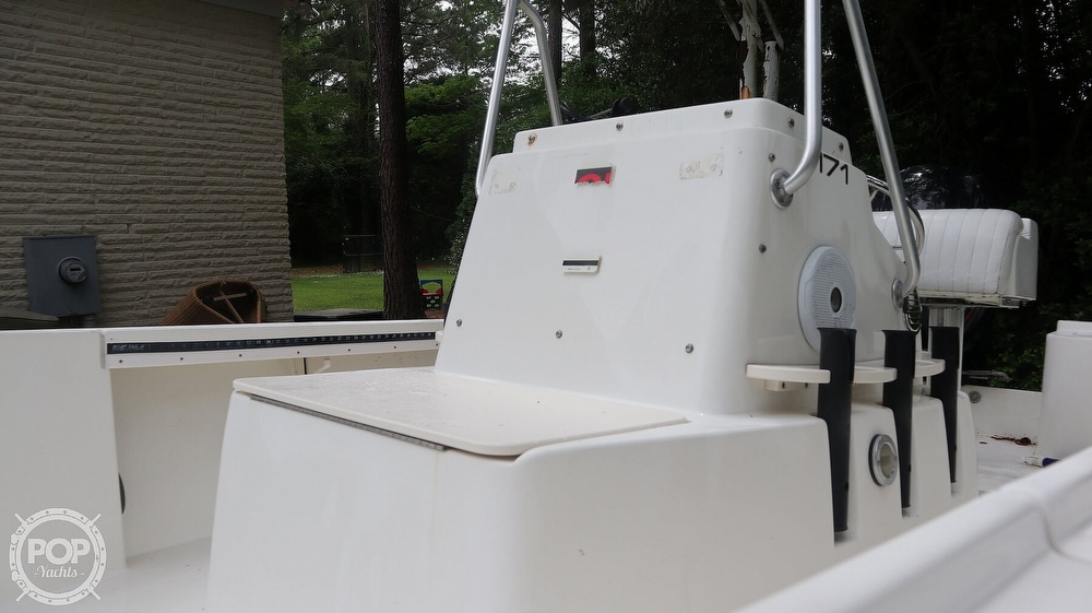 2000 Mako boat for sale, model of the boat is 171 Center Console & Image # 17 of 40