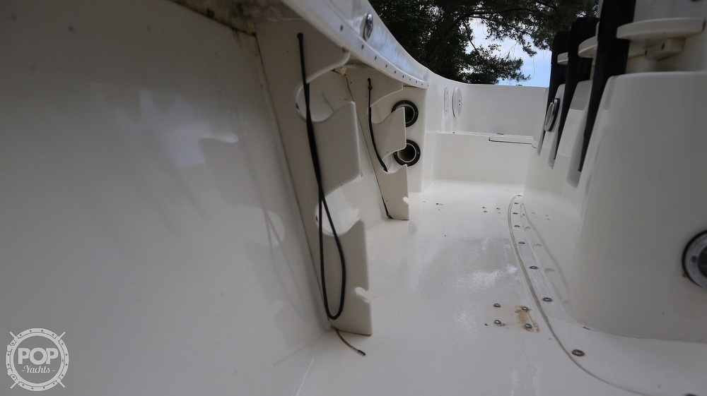 2000 Mako boat for sale, model of the boat is 171 Center Console & Image # 23 of 40