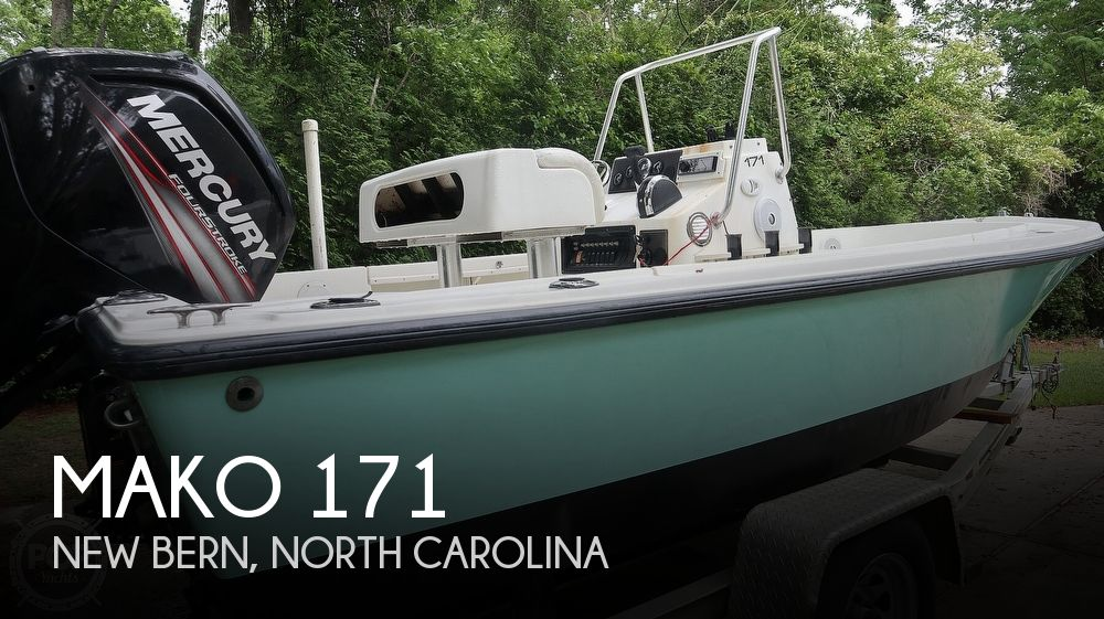 2000 Mako boat for sale, model of the boat is 171 Center Console & Image # 1 of 40