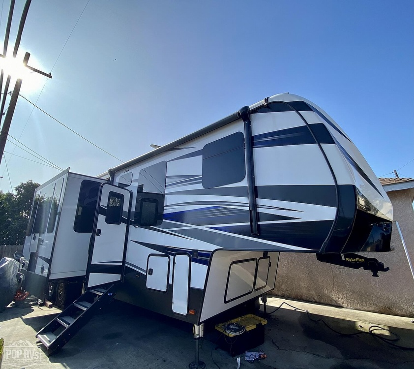 2019 Fuzion 373 Toyhauler - #$LI_INDEX