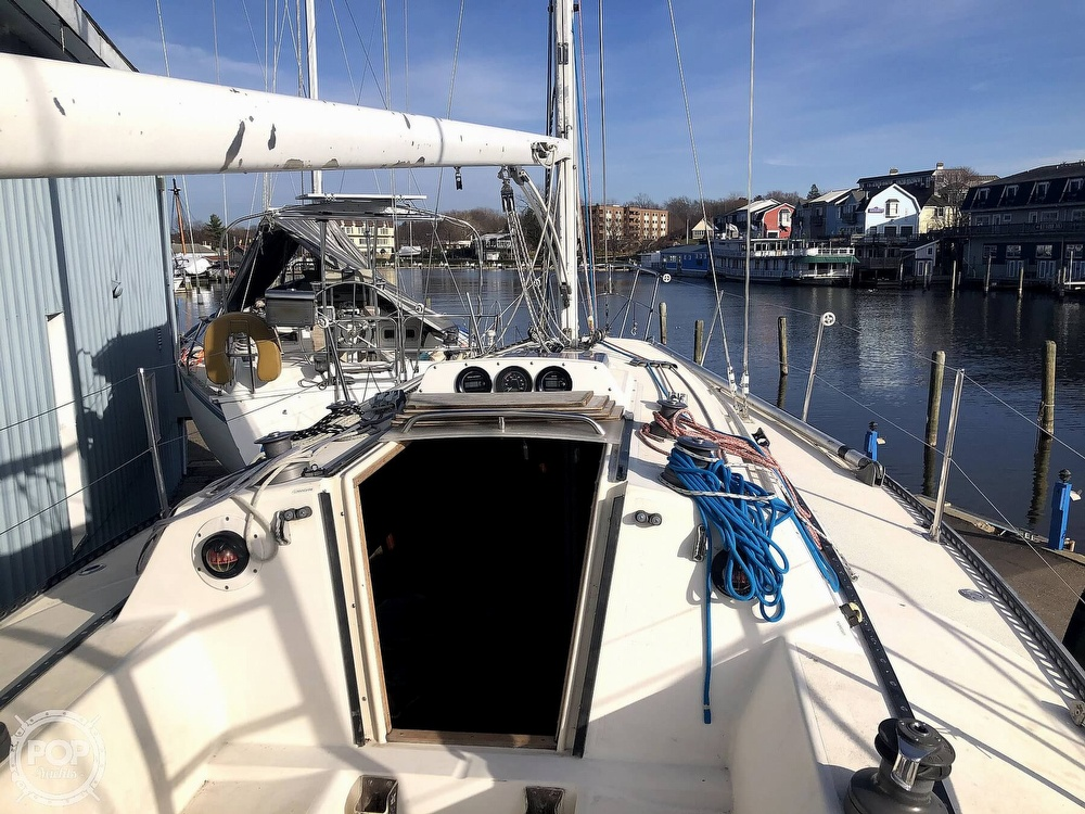 1984 S2 Yachts boat for sale, model of the boat is 9.1m & Image # 24 of 40