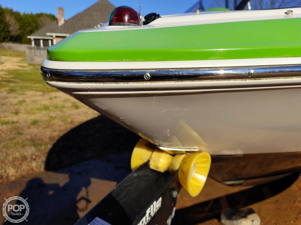 2017 Regal boat for sale, model of the boat is 1900 ESX & Image # 33 of 40
