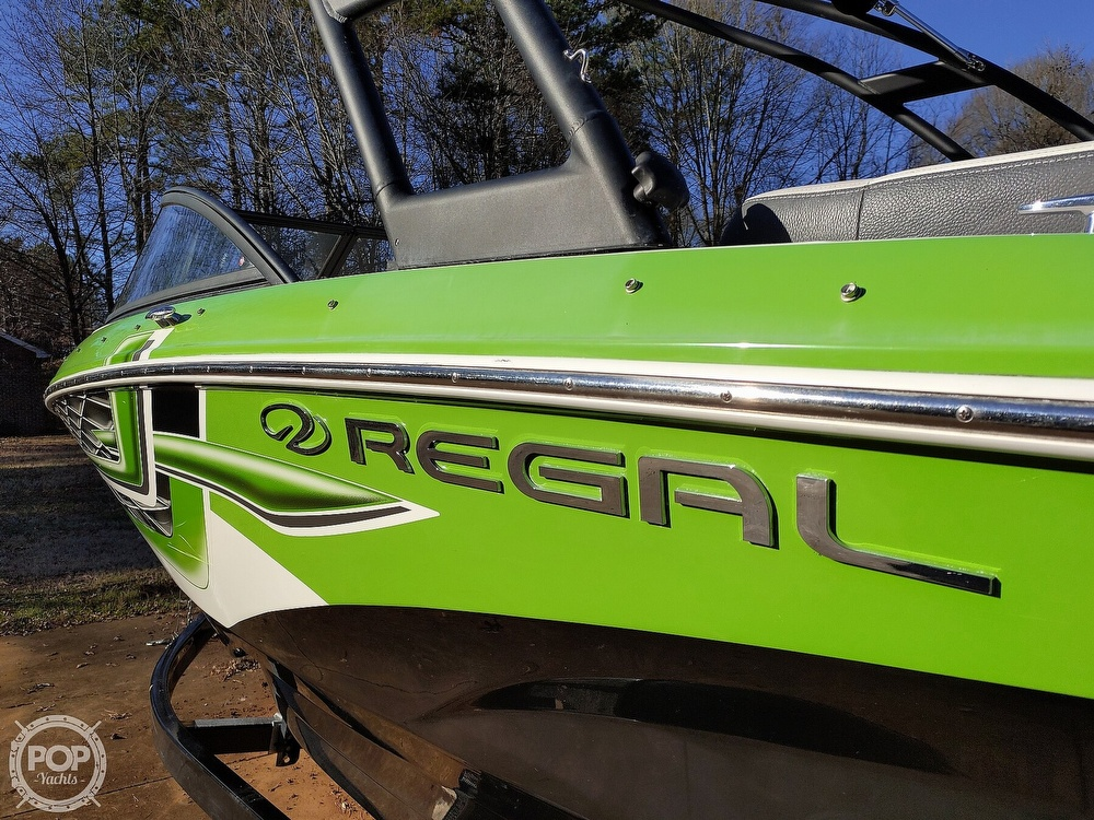 2017 Regal boat for sale, model of the boat is 1900 ESX & Image # 37 of 40