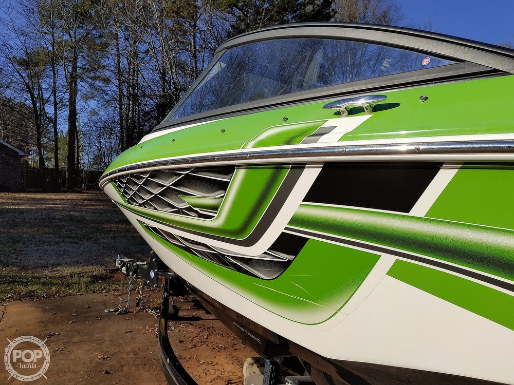 2017 Regal boat for sale, model of the boat is 1900 ESX & Image # 38 of 40