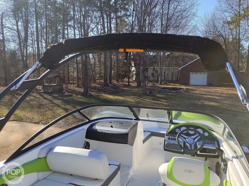 2017 Regal boat for sale, model of the boat is 1900 ESX & Image # 9 of 40