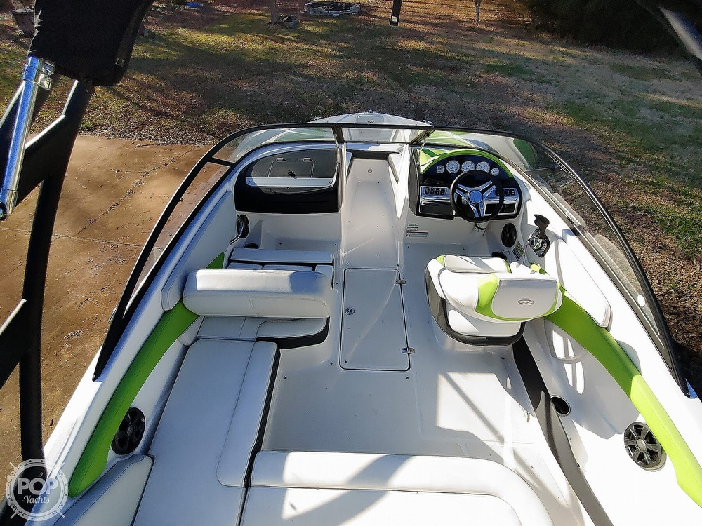 2017 Regal boat for sale, model of the boat is 1900 ESX & Image # 7 of 40