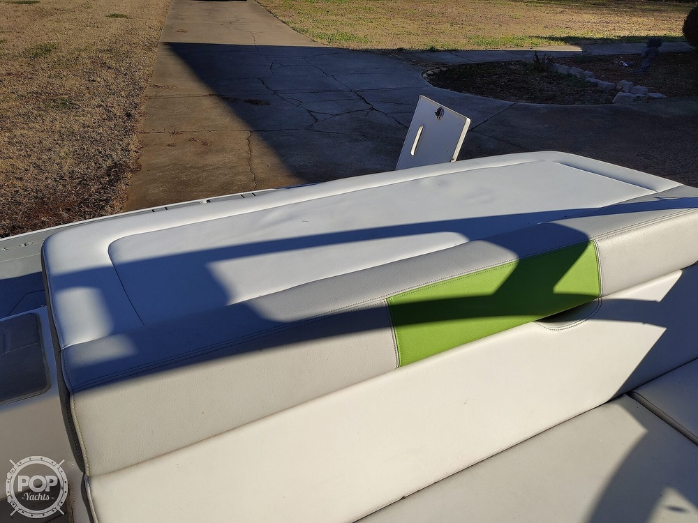 2017 Regal boat for sale, model of the boat is 1900 ESX & Image # 8 of 40
