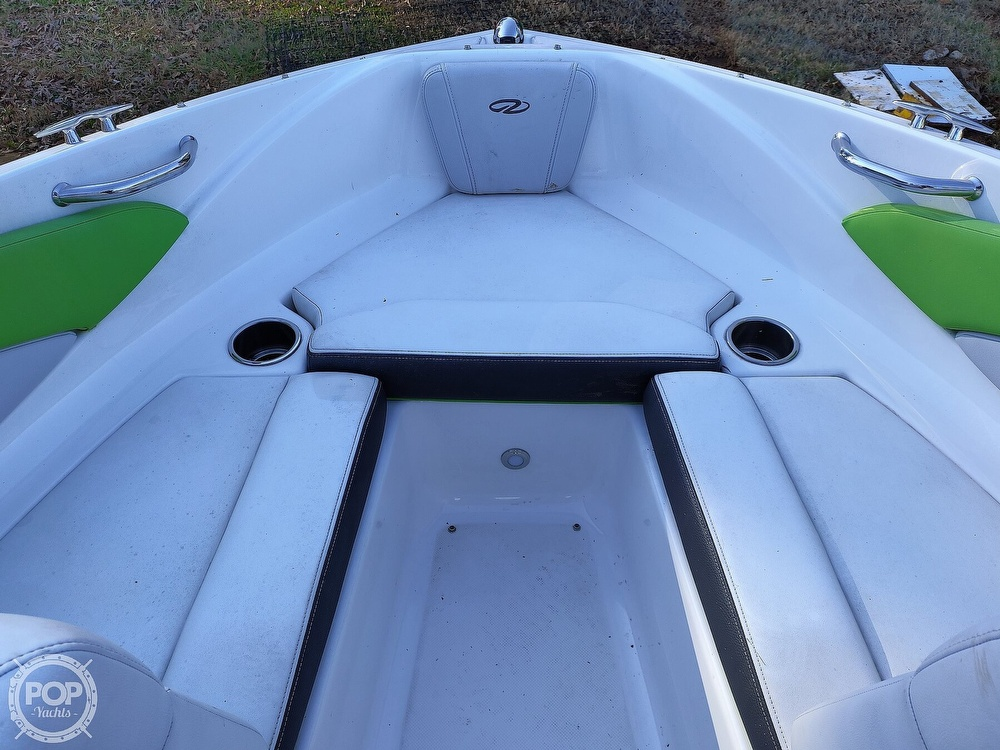 2017 Regal boat for sale, model of the boat is 1900 ESX & Image # 18 of 40