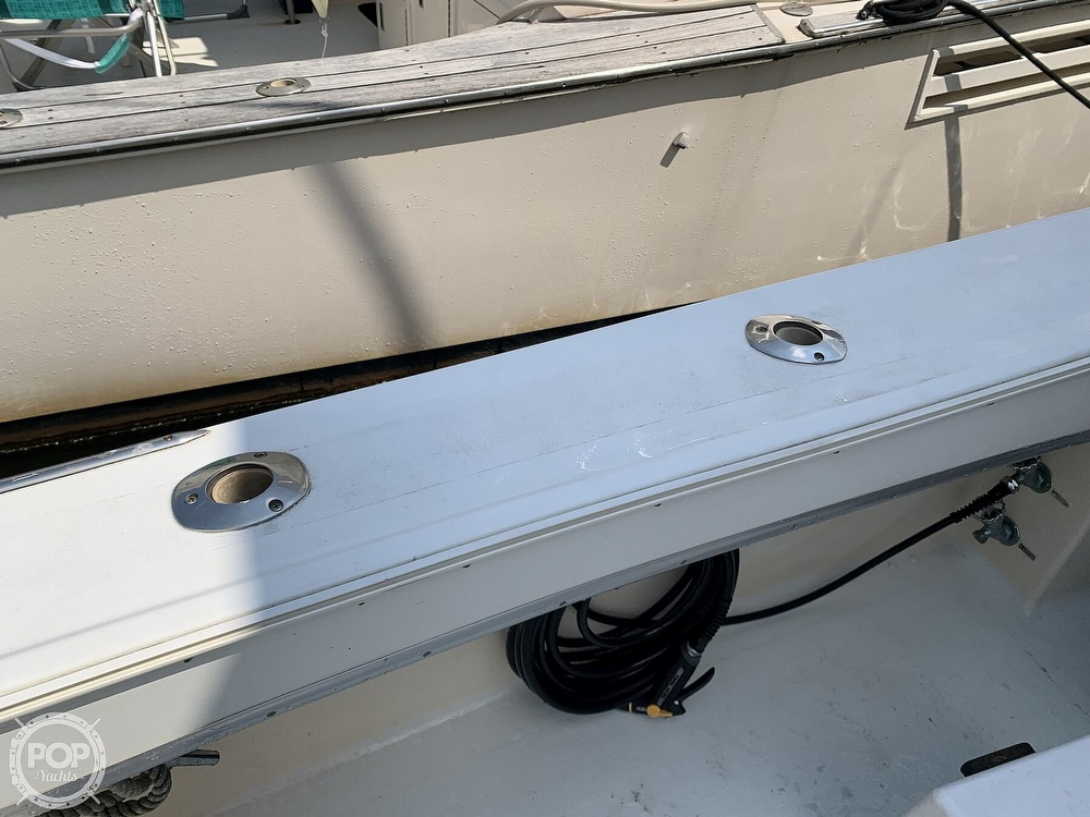 1969 Hatteras boat for sale, model of the boat is 41 Sportfish & Image # 24 of 40