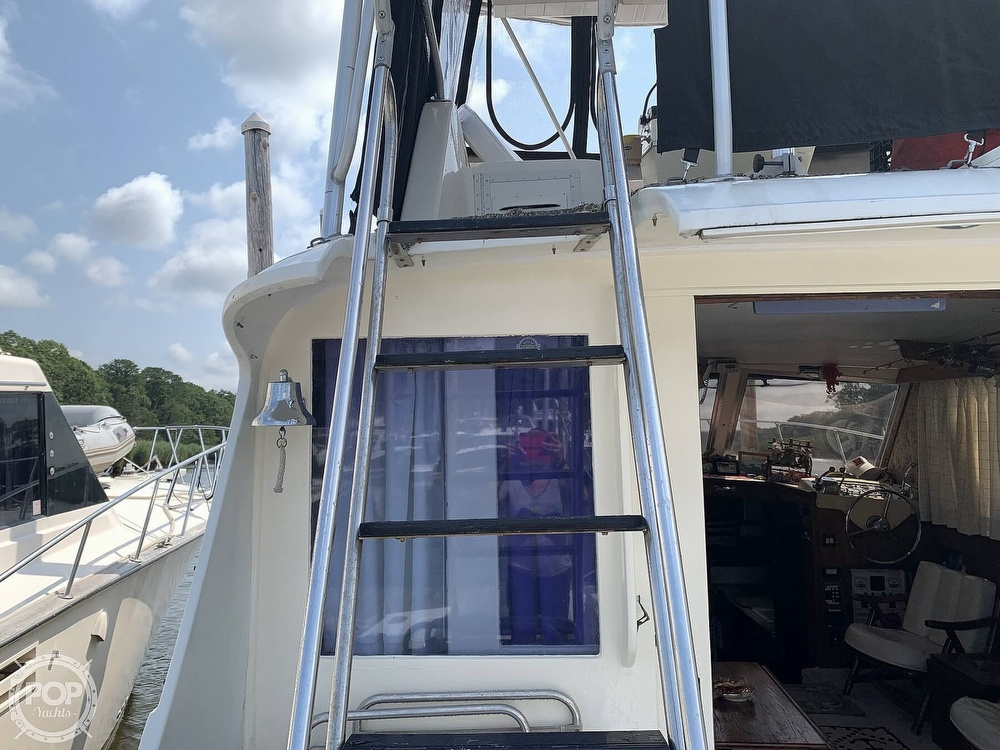1969 Hatteras boat for sale, model of the boat is 41 Sportfish & Image # 32 of 40