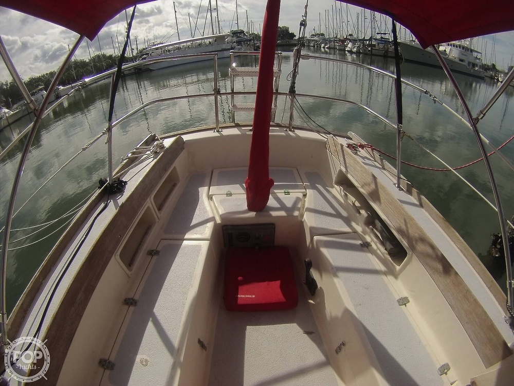 1979 Sandpiper boat for sale, model of the boat is 32 & Image # 12 of 40