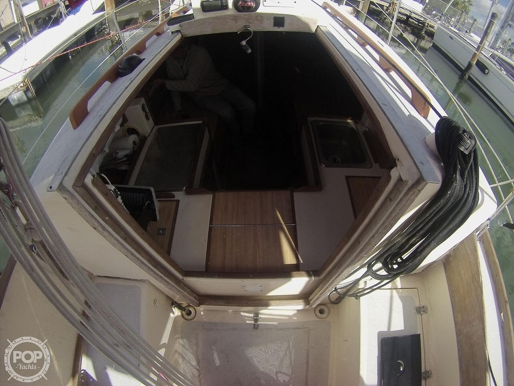 1979 Sandpiper boat for sale, model of the boat is 32 & Image # 26 of 40