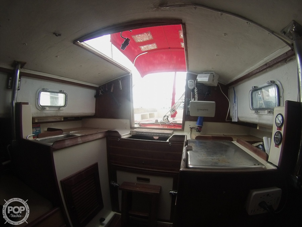1979 Sandpiper boat for sale, model of the boat is 32 & Image # 28 of 40