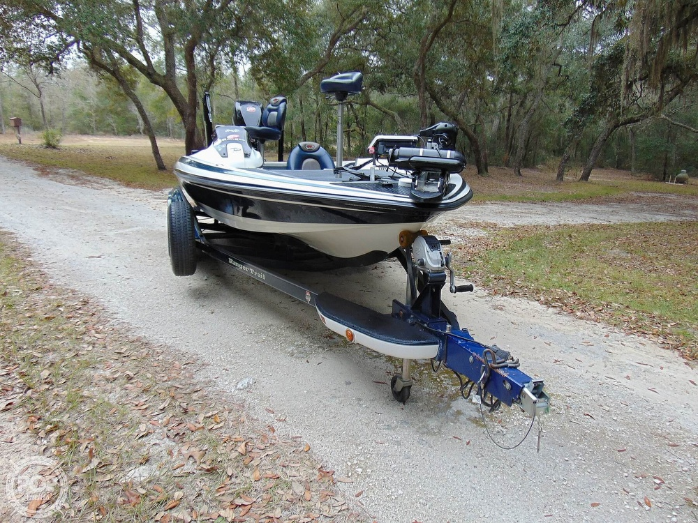 2005 Ranger Boats boat for sale, model of the boat is Z21 Comanche & Image # 38 of 40