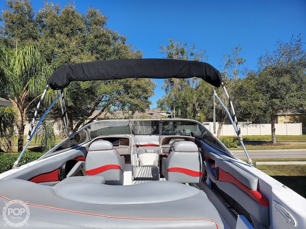 2001 Four Winns boat for sale, model of the boat is 260 Horizon & Image # 7 of 40