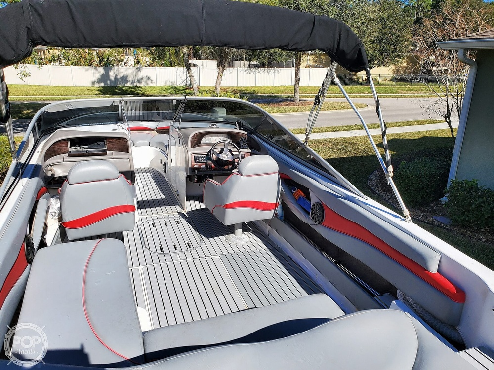 2001 Four Winns boat for sale, model of the boat is 260 Horizon & Image # 8 of 40