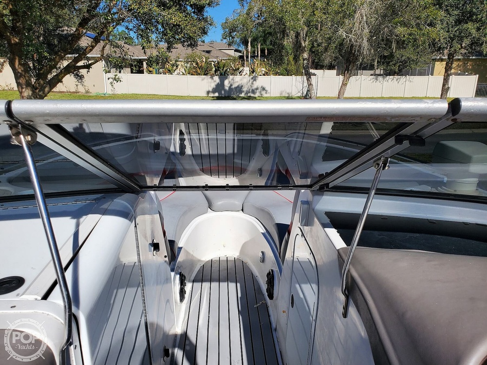 2001 Four Winns boat for sale, model of the boat is 260 Horizon & Image # 32 of 40