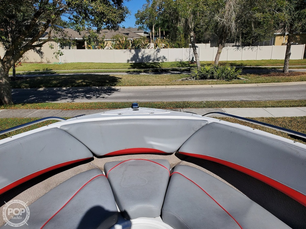 2001 Four Winns boat for sale, model of the boat is 260 Horizon & Image # 36 of 40