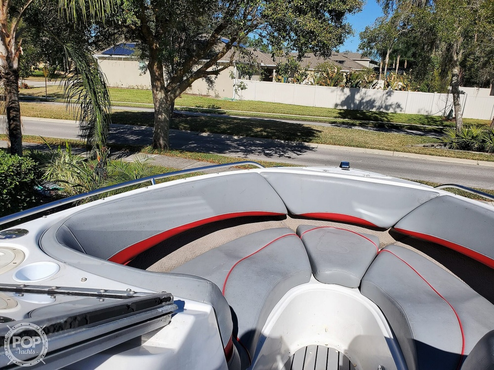2001 Four Winns boat for sale, model of the boat is 260 Horizon & Image # 37 of 40
