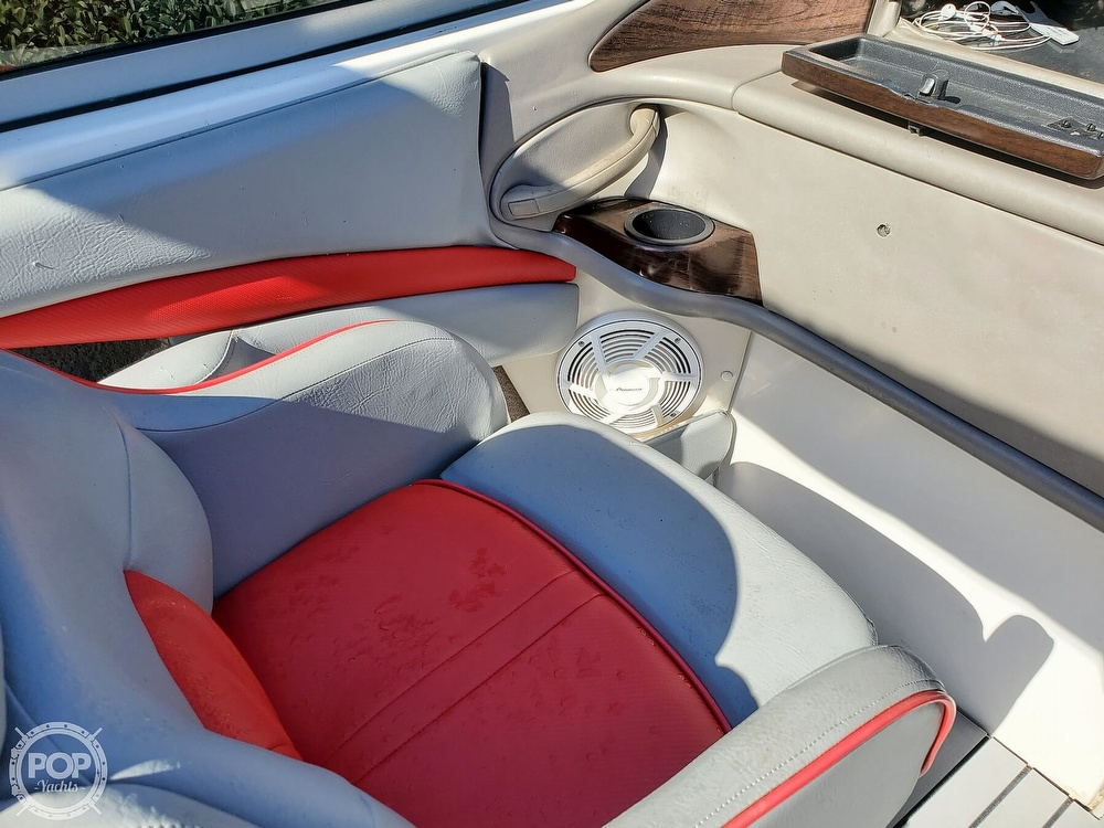 2001 Four Winns boat for sale, model of the boat is 260 Horizon & Image # 22 of 40