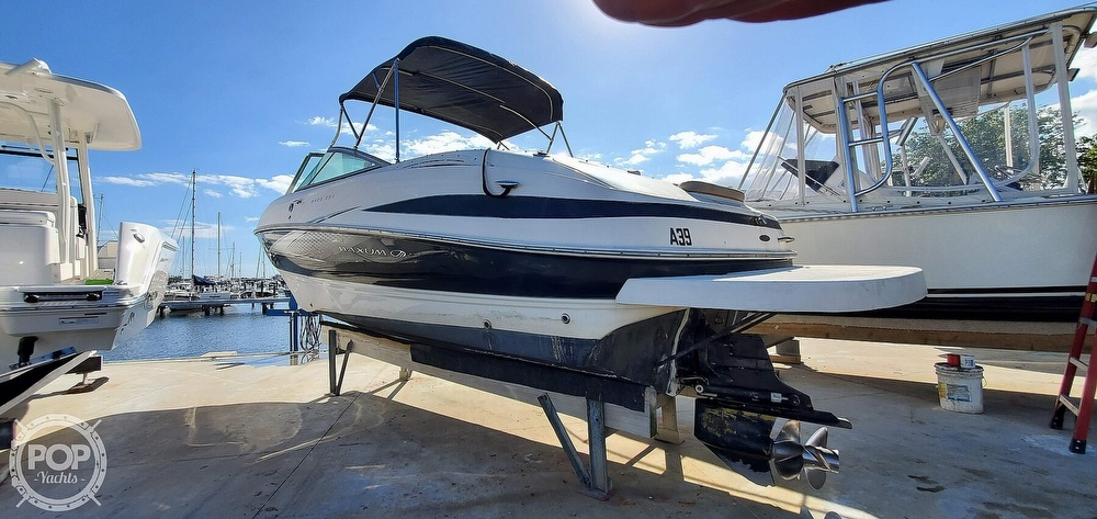 2007 Maxum boat for sale, model of the boat is 2400 SR3 & Image # 8 of 40
