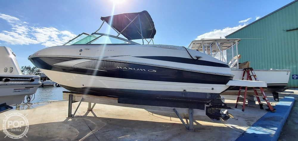 2007 Maxum boat for sale, model of the boat is 2400 SR3 & Image # 9 of 40