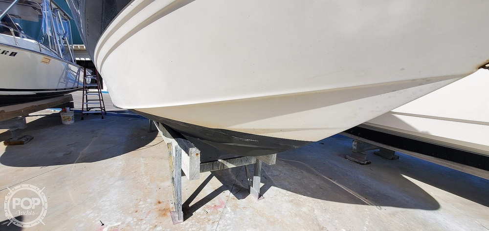 2007 Maxum boat for sale, model of the boat is 2400 SR3 & Image # 18 of 40