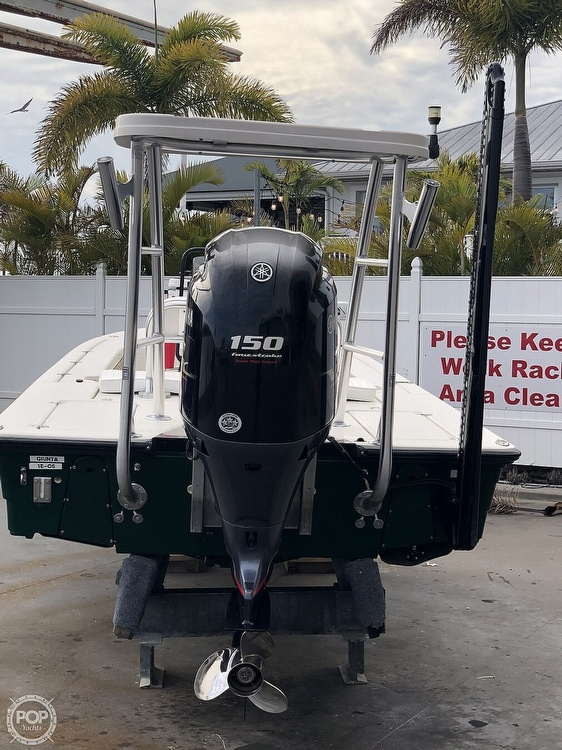 2000 Hewes boat for sale, model of the boat is Red fisher 19 & Image # 3 of 40