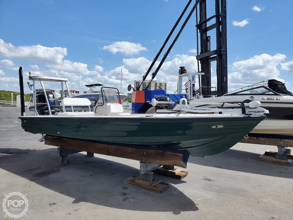 2000 Hewes boat for sale, model of the boat is Red fisher 19 & Image # 10 of 40