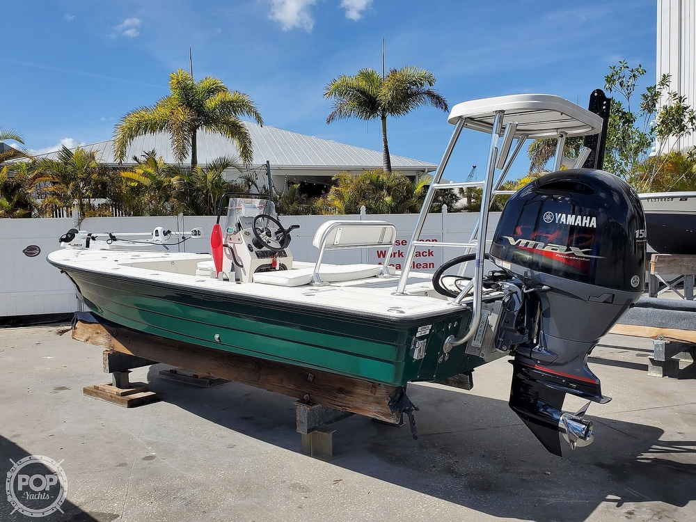 2000 Hewes boat for sale, model of the boat is Red fisher 19 & Image # 11 of 40