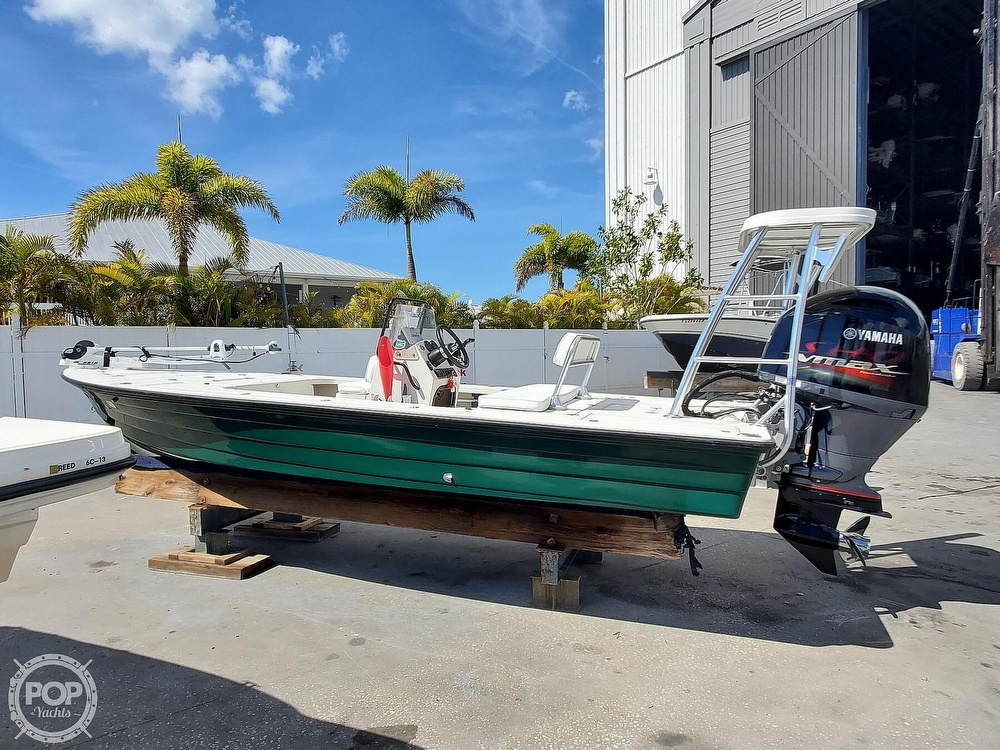 2000 Hewes boat for sale, model of the boat is Red fisher 19 & Image # 12 of 40