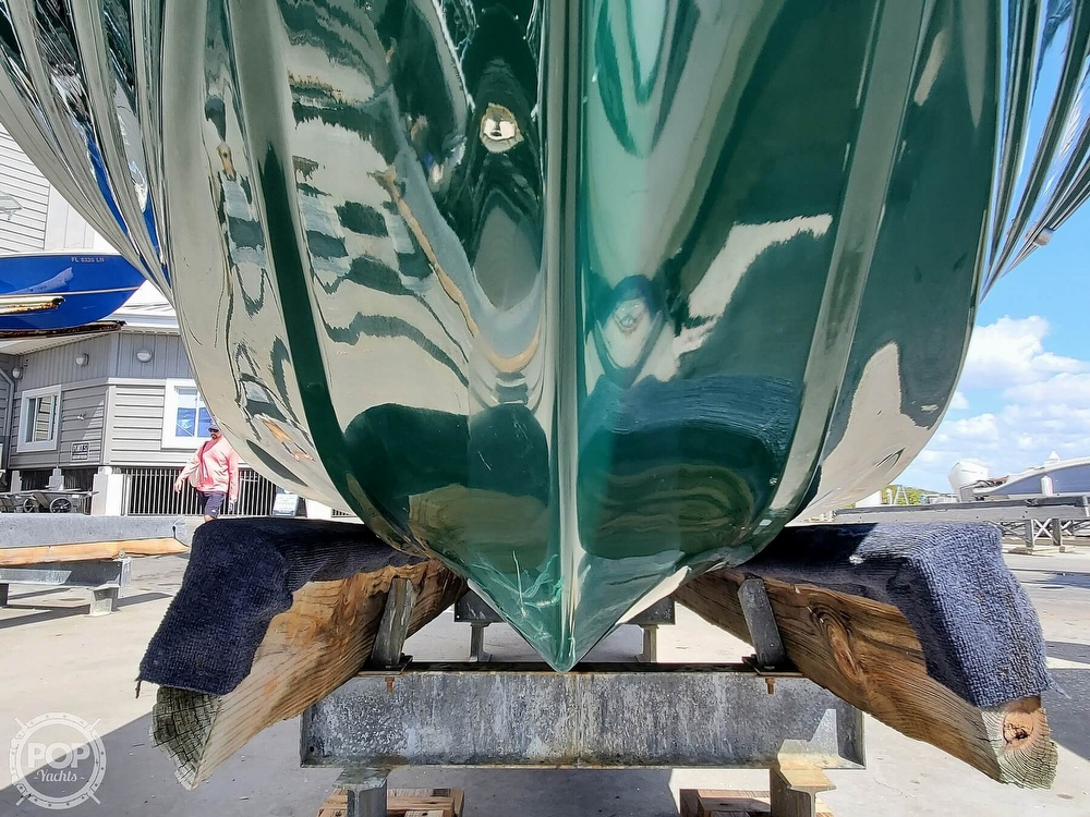 2000 Hewes boat for sale, model of the boat is Red fisher 19 & Image # 14 of 40