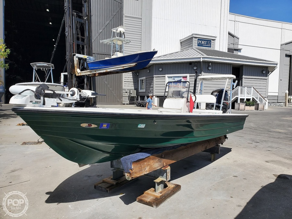 2000 Hewes boat for sale, model of the boat is Red fisher 19 & Image # 16 of 40