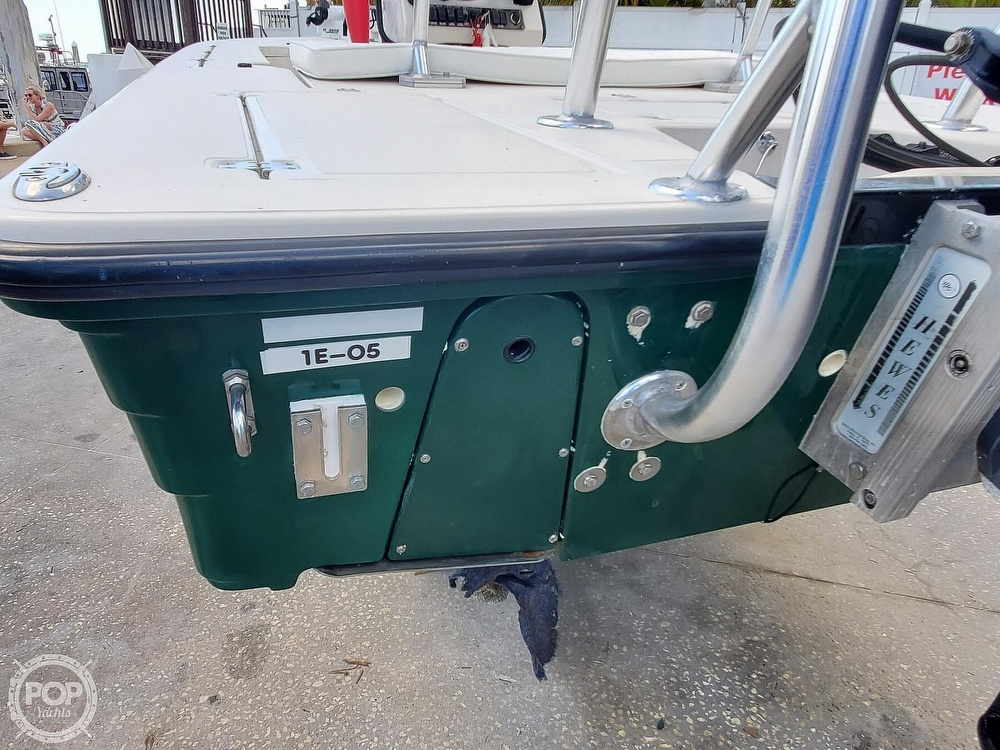 2000 Hewes boat for sale, model of the boat is Red fisher 19 & Image # 23 of 40