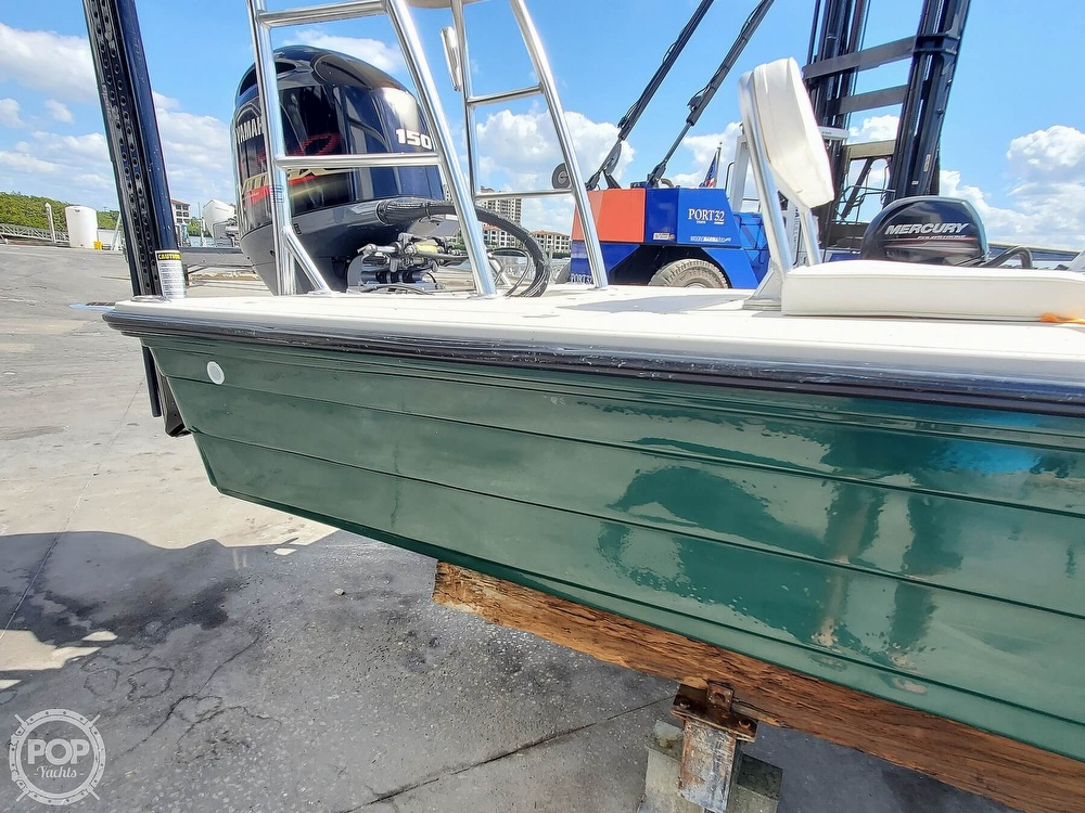 2000 Hewes boat for sale, model of the boat is Red fisher 19 & Image # 34 of 40
