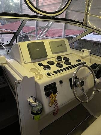 2003 Pro-Line boat for sale, model of the boat is 30 & Image # 6 of 40