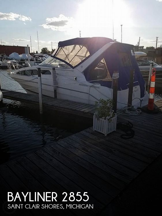 Used Bayliner Boats For Sale in Michigan by owner | 2000 Bayliner Ciera 2855