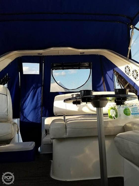 2000 Bayliner boat for sale, model of the boat is Ciera 2855 SB & Image # 2 of 40