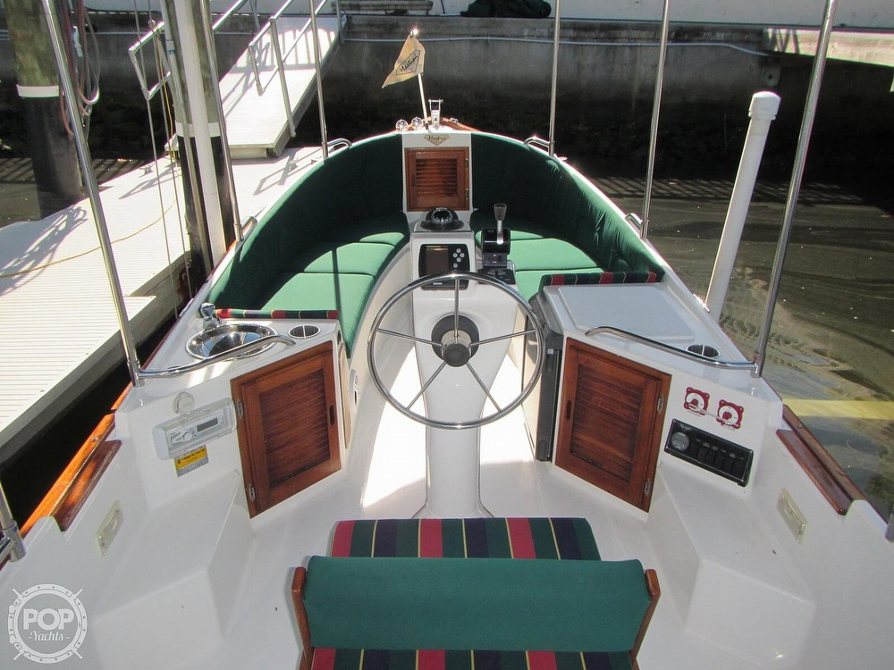 2003 Ranger Tugs boat for sale, model of the boat is Martini 21 Launch & Image # 7 of 40