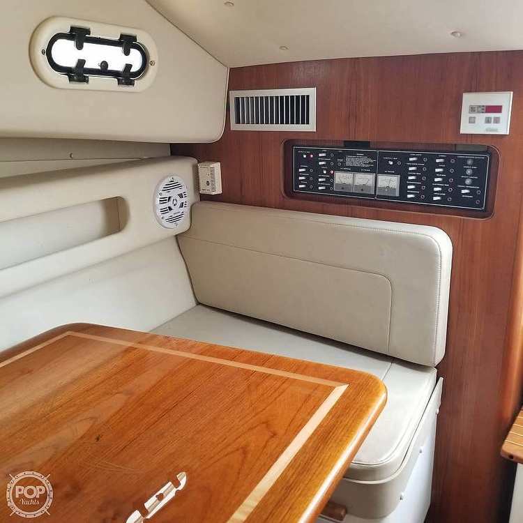 2001 Pursuit boat for sale, model of the boat is 3000 Express & Image # 29 of 40