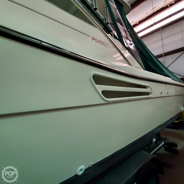 2001 Pursuit boat for sale, model of the boat is 3000 Express & Image # 39 of 40
