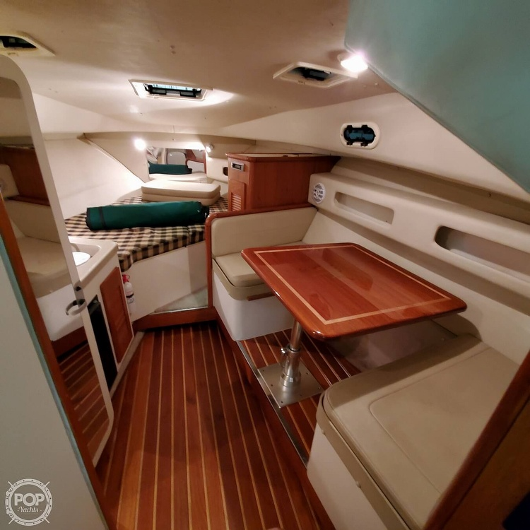 2001 Pursuit boat for sale, model of the boat is 3000 Express & Image # 8 of 40