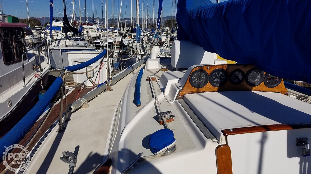 1974 Pearson boat for sale, model of the boat is 10M & Image # 24 of 40