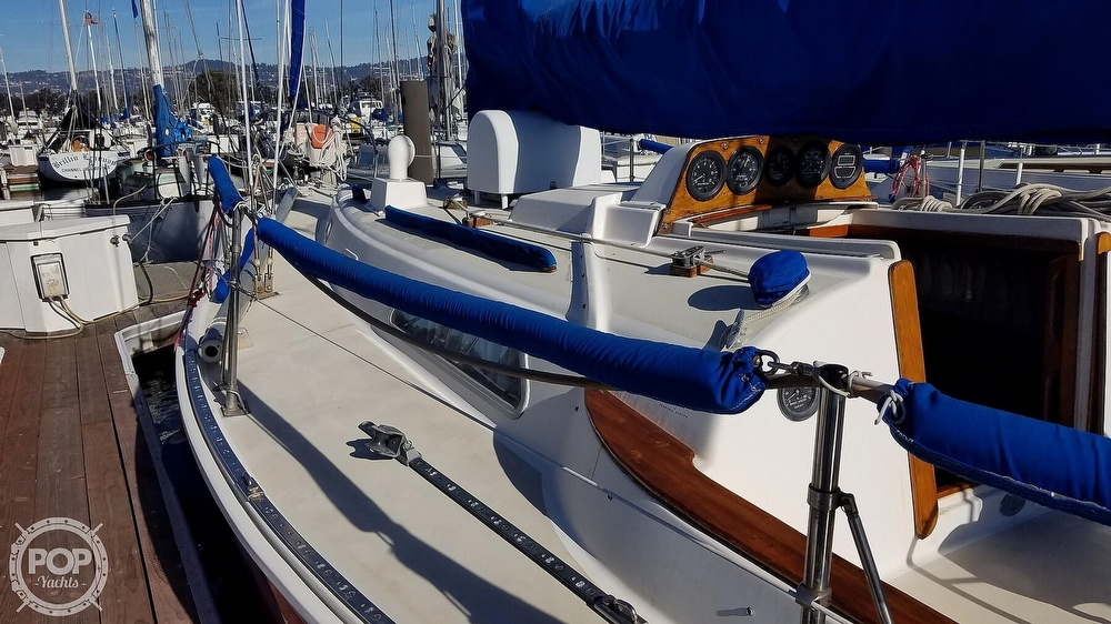 1974 Pearson boat for sale, model of the boat is 10M & Image # 32 of 40