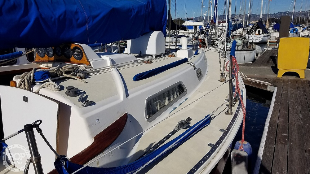 1974 Pearson boat for sale, model of the boat is 10M & Image # 33 of 40