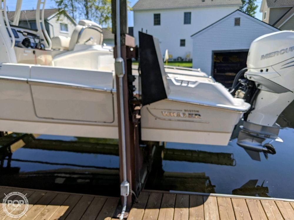 2020 Boston Whaler 270 Dauntless - image 9